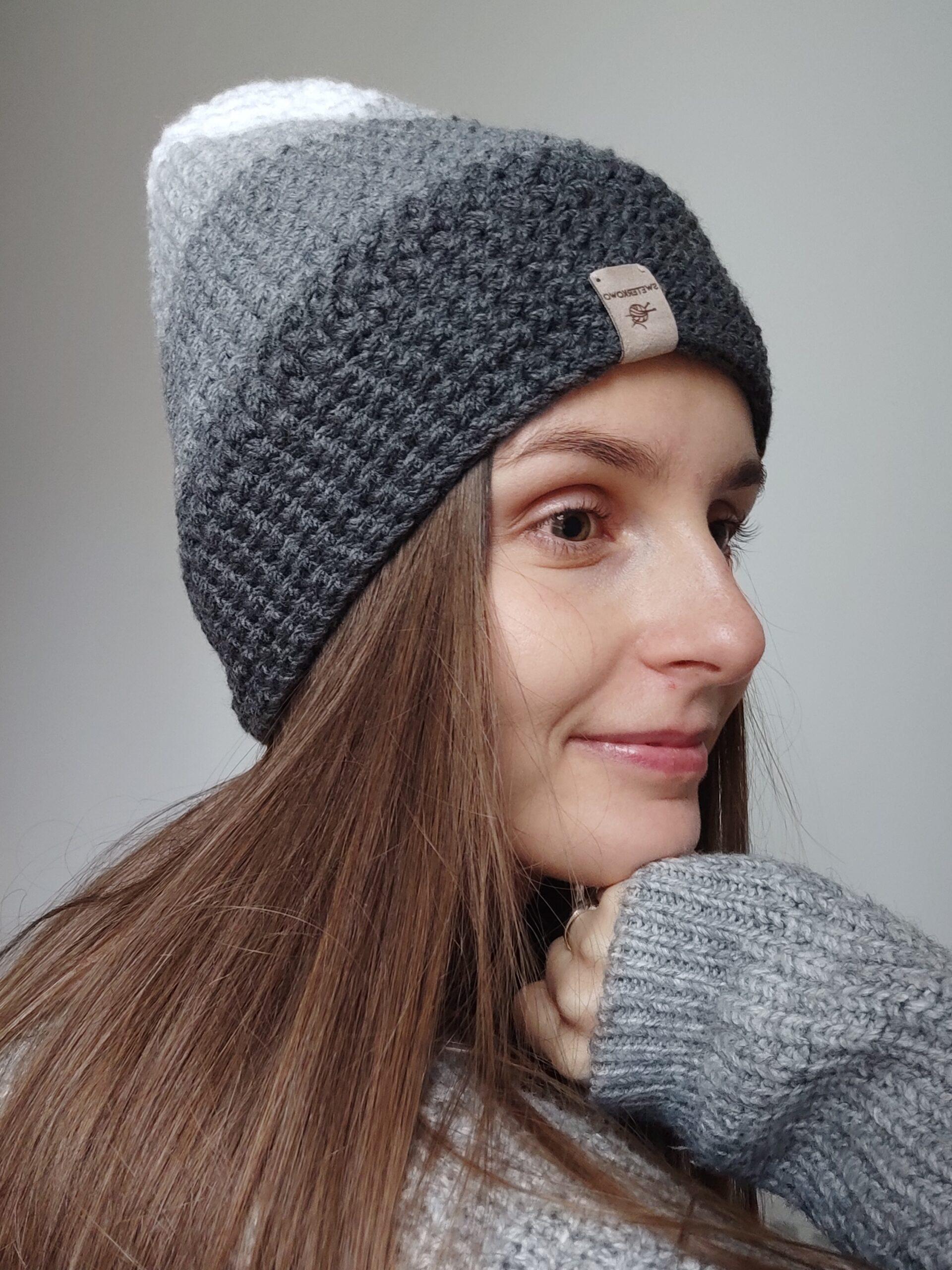 Szara czapka handmade